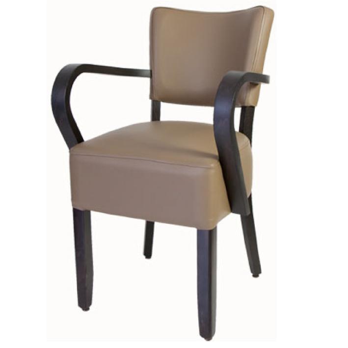Houten stoel met armleuning horeca center - Kitchenette met stoelen ...